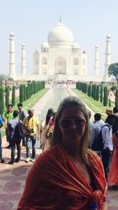 Amanda visits the world famous Taj Mahal in Agra, India